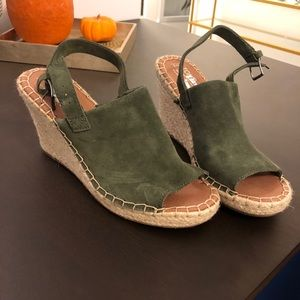 Tom's Green Suede Open Toe Wedges